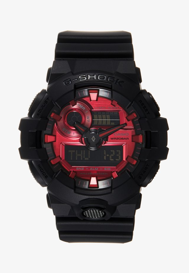 GA-700 METALLIC - Digital watch - black/red