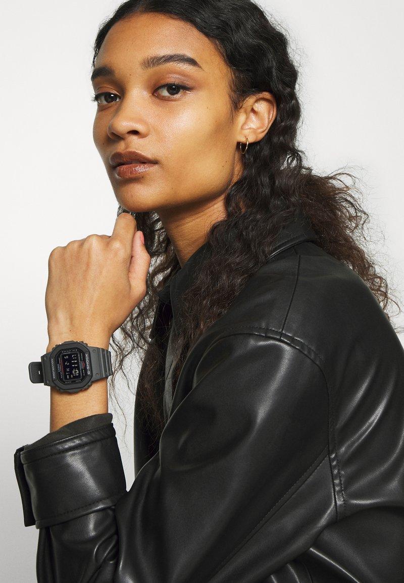 G-SHOCK - LAYERED BEZEL - Digital watch - black