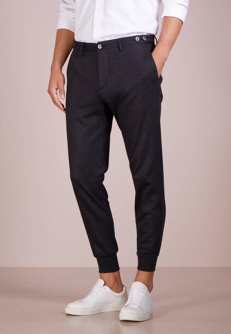 GTA - GIORGIO - Trousers - anthrazite