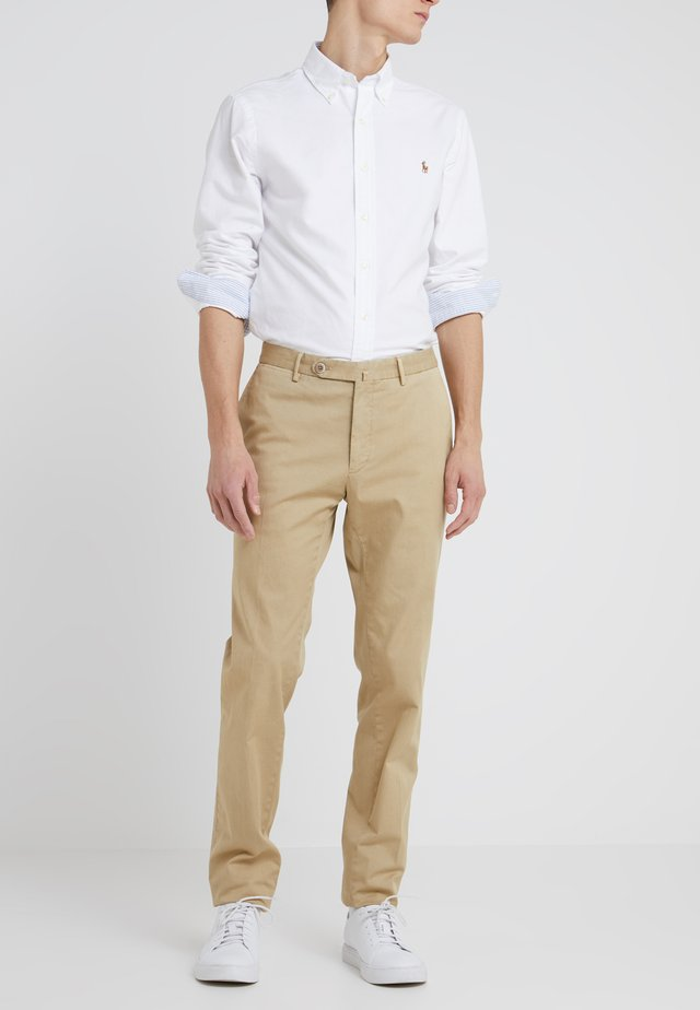 OTTOCENTO  - Trousers - beige