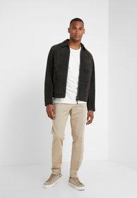 GTA - Spodnie materiałowe - beige - 1