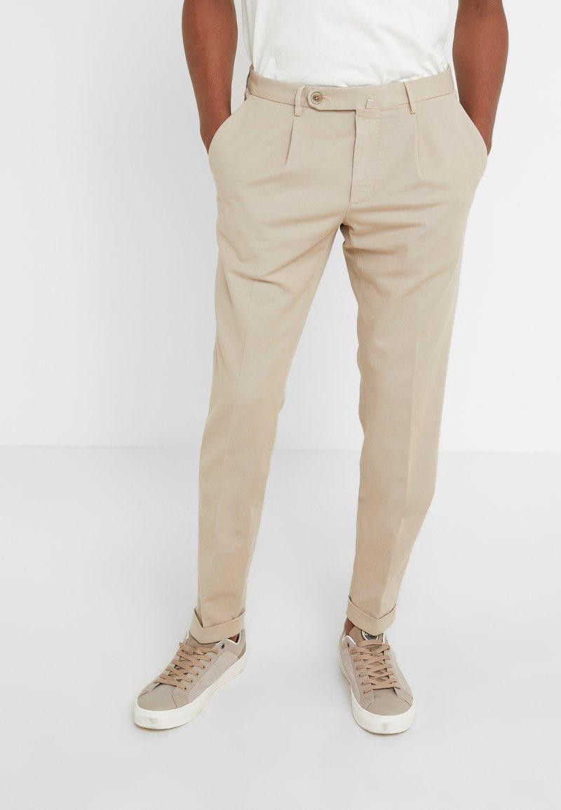 GTA - Spodnie materiałowe - beige