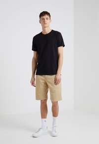 GTA - DAVIDE LIGHT GABARDINE STRETCH - Shorts - beige - 1