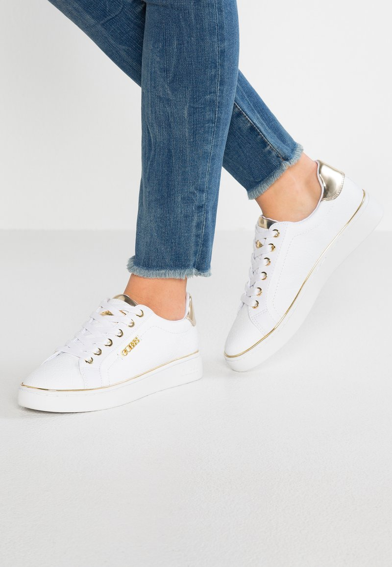 Guess - BECKIE - Sneakers laag - white