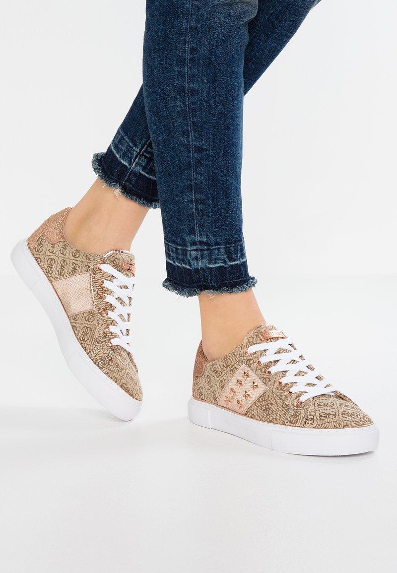 Guess - GAMER - Sneaker low - brown