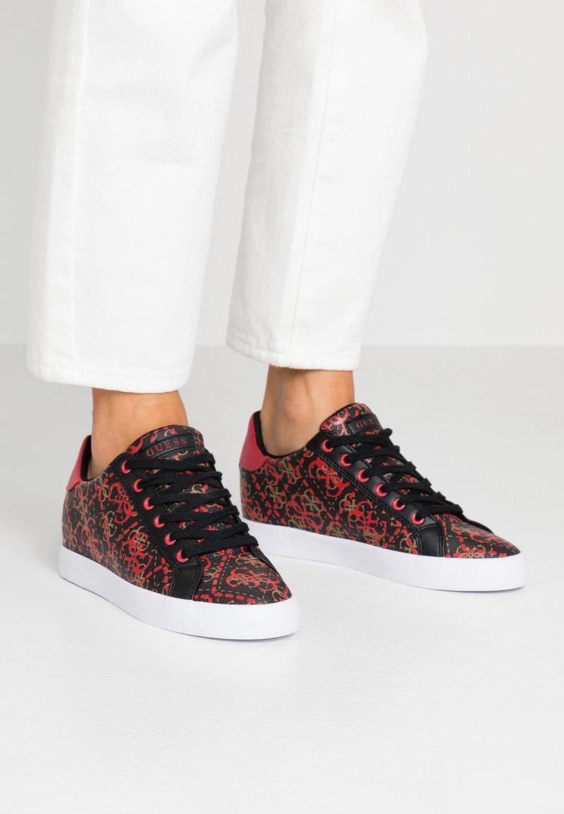 Guess - PICAN - Zapatillas - black/red