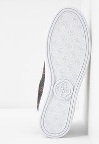 Guess - BANQ - Sneakers - bronze/black - 6