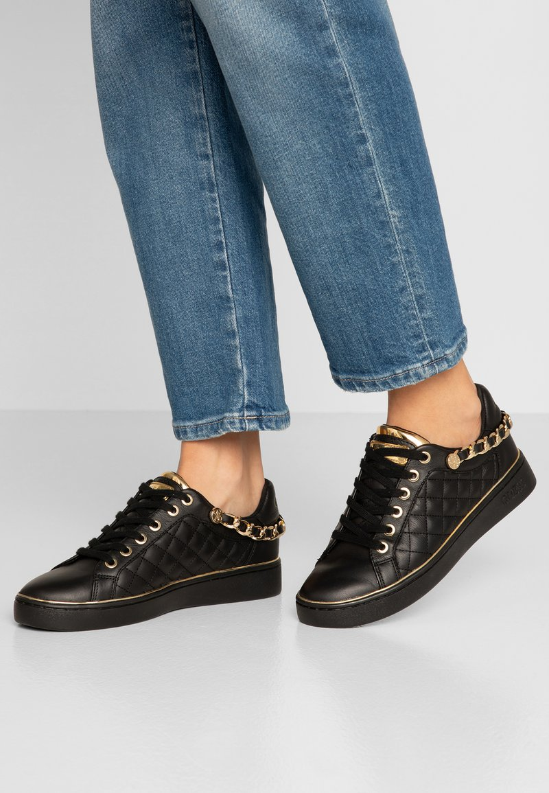 Guess - BRISCO - Sneakers - black/gold