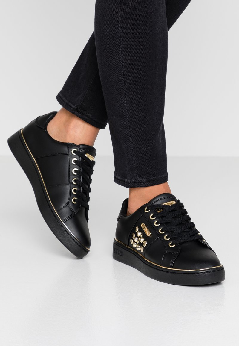 Guess - BRANDIA - Zapatillas - black