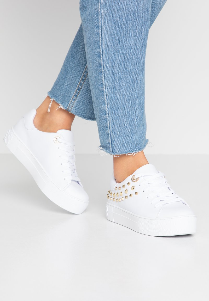 Guess - MARXINA - Baskets basses - white