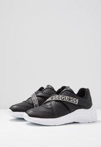 Guess - STONEY - Zapatillas - black - 4