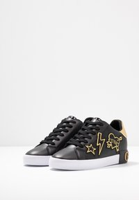Guess - PATH - Sneakers laag - black - 4