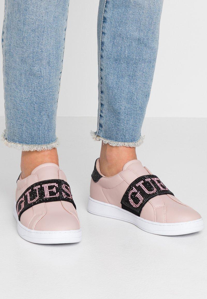 Guess - CONNUR - Mocassins - blush