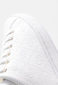 Guess - CHARLEZ SPECIAL - Sneakers basse - white - 2