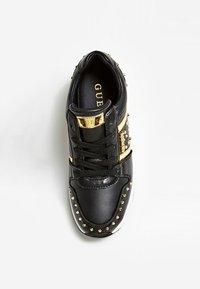 Guess - JOYDEE - Sneakersy niskie - black - 1