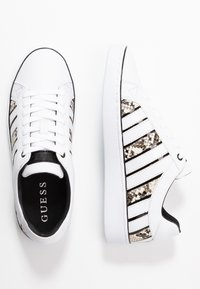 Guess - BOLIER - Sneakersy niskie - white - 3