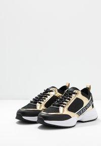 Guess - BREETA - Sneakers laag - gold - 4