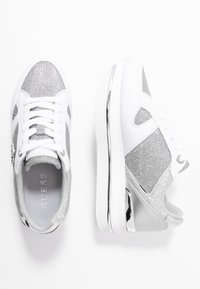 Guess - DEALY - Sneakers basse - white/silver - 3