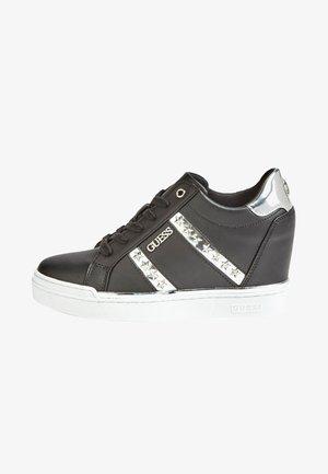 FAYNE - Sneakersy niskie - black