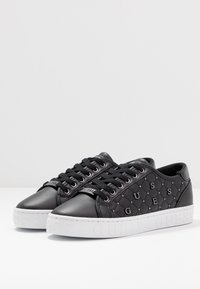 Guess - GLADISS - Sneakers basse - black - 4