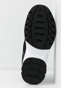 Guess - KAYSIE  - Sneakers - black - 6