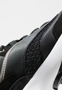 Guess - KAYSIE  - Sneakers - black - 2