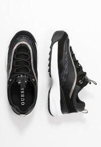 Guess - KAYSIE  - Sneakers - black - 3