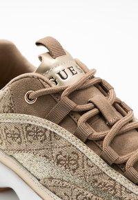 Guess - KAYSIE - Sneakers - beige/brown - 2