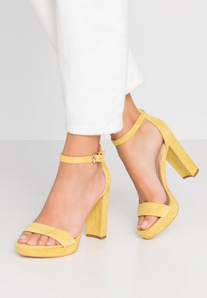 OMERE - High Heel Sandalette - yellow