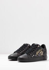Guess - PRYDE - Sneakers basse - black - 4