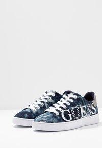 Guess - RIDER - Sneakersy niskie - denim - 4