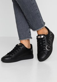 Guess - RIDERR - Sneakers laag - black - 0