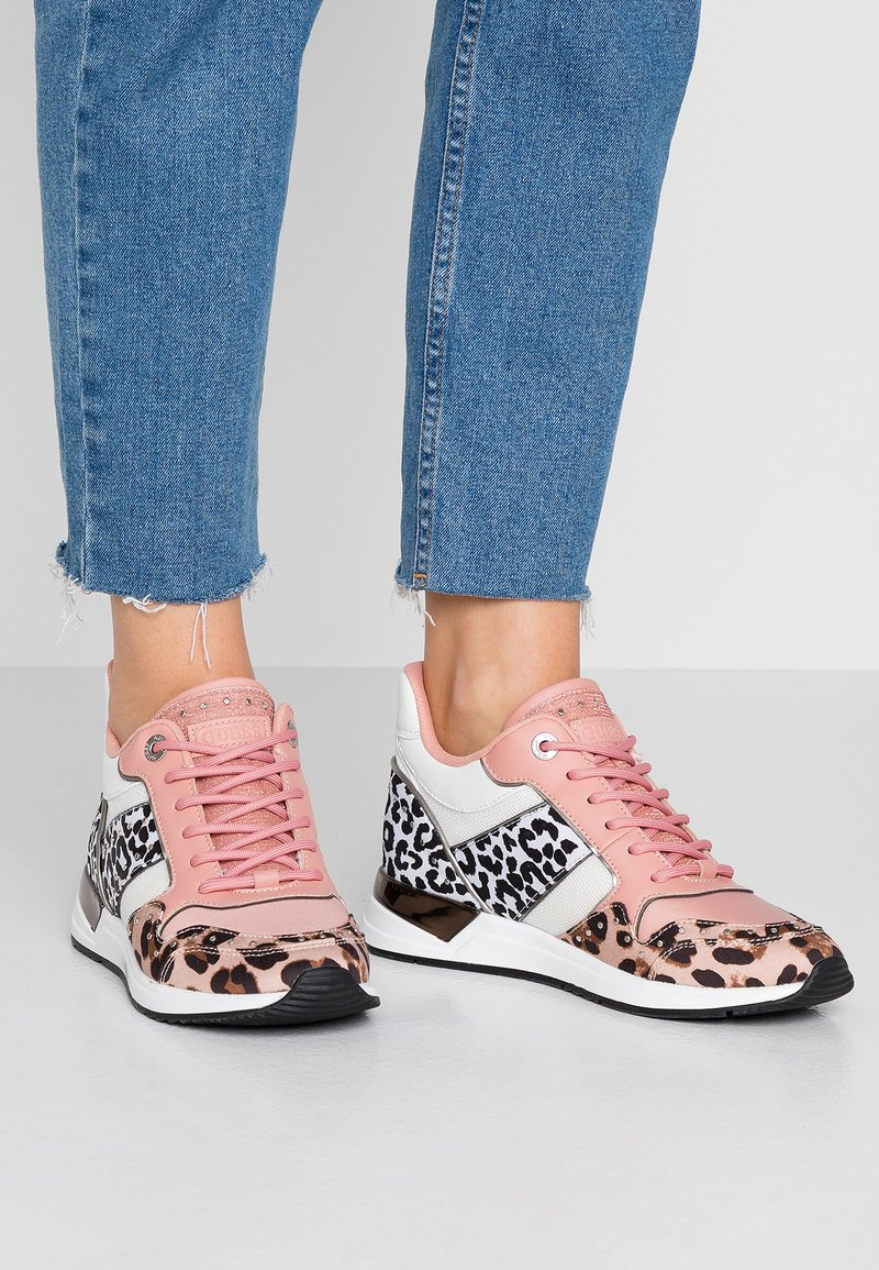 Guess - Sneakersy niskie - multicoloured