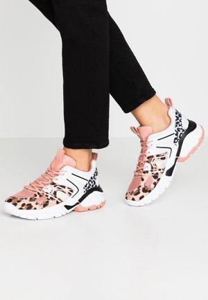 MARLIA - Sneakers laag - blush