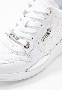 Guess - TALLYA - Sneakers laag - white - 2