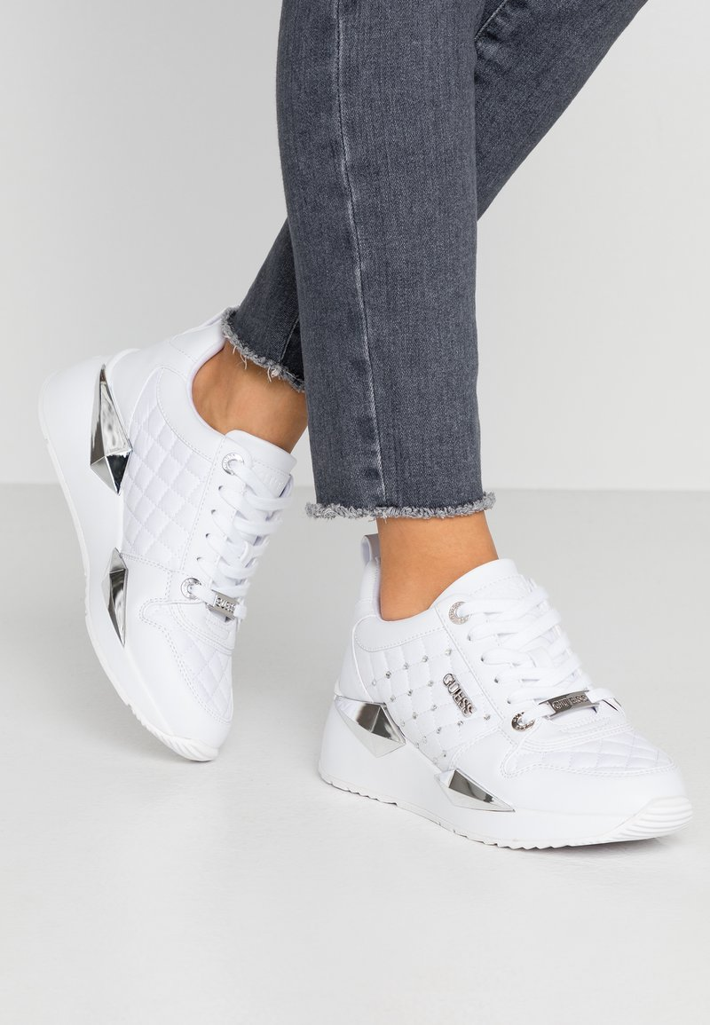 Guess - TALLYA - Sneakers laag - white