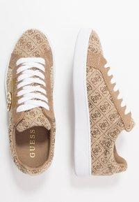 Guess - REIMA - Sneakersy niskie - beige/brown - 3