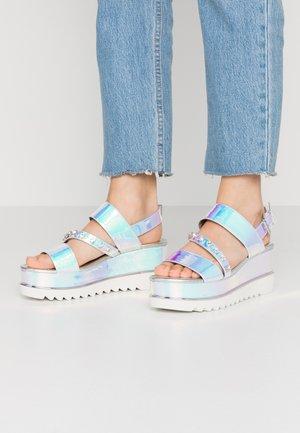 LEDELL - Sandály na platformě - silve