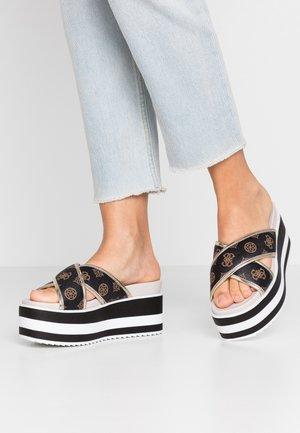 REMINA - Pantofle na podpatku - multicolor