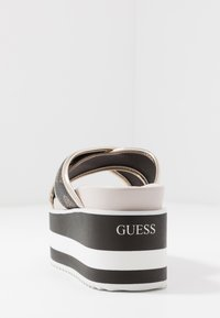 Guess - REMINA - Pantofle na podpatku - multicolor - 5