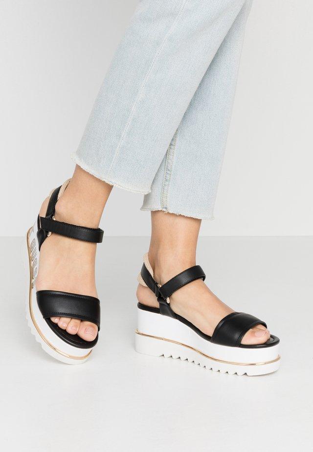 LESSA - Korkeakorkoiset sandaalit - black