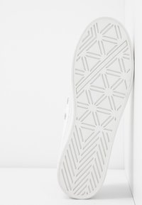 Guess - BRIGS - Trainers - white - 6