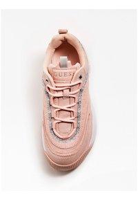 Guess - KAYSIE  - Baskets basses - light pink - 1