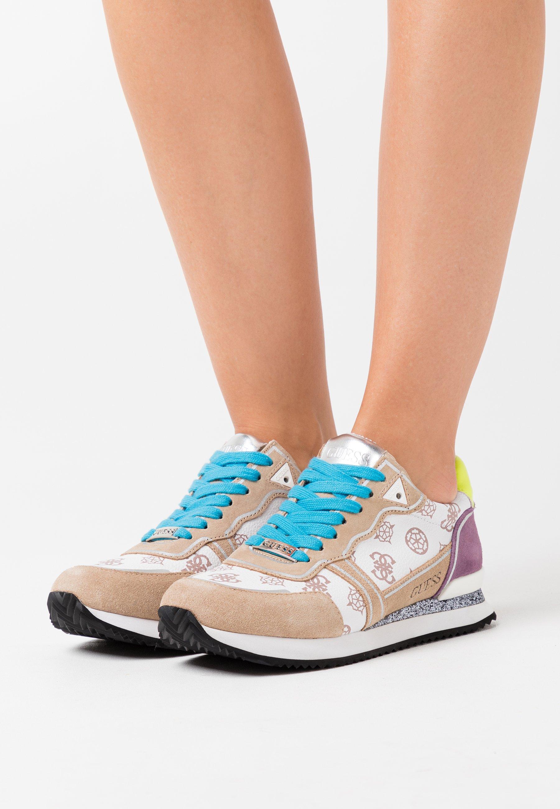 Gutes Angebot Guess AGOS - Sneaker low - white | Damenbekleidung 2020