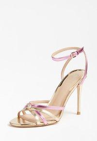 Guess - SANDALO KALISTA LAMINATO - High heeled sandals - rosa - 2