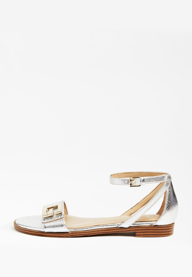 SANDALE BASSE RASHIDA LAMEE - Sandals - argent