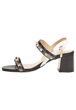 SANDALE CETRI CLOUS - Sandals - marron
