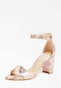 Guess - GUESS SANDALETTE MELISA - High heeled sandals - gemustert multicolor - 2