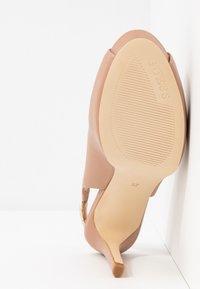 Guess - EDYN - Peeptoe heels - nude - 6