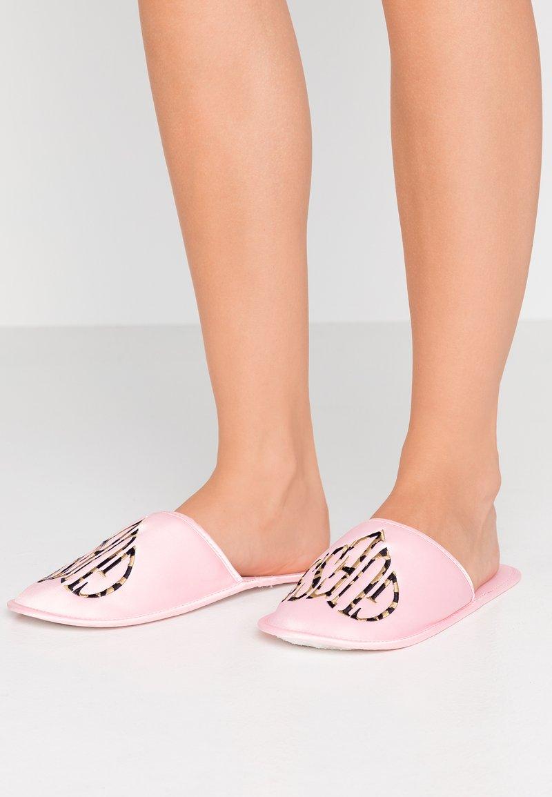 Guess - Tøfler - rosa